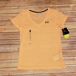 NWT Under Armour sheer loose fit tee